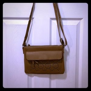 No name dark tan fake leather bag